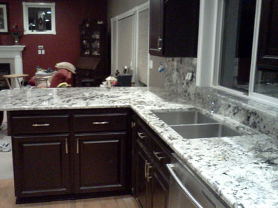 Laminate Countertops Compare Contrast Kitchen Countertops